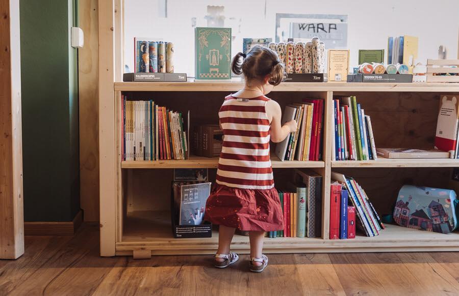 Scaffali E Librerie Per Bambini.2018 I Libri Piu Venduti Libreria Per Bambini Radice Labirinto